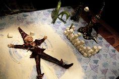 Lutins de Noël: une rétrospective de leurs plaisanteries Elf On The Shelf, Noel Christmas, Xmas, Le Blog De Vava, Bonbon Halloween, Theme Noel, Snow Angels, Elves, Google Images