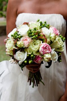 A classic cream and green bouquet. Photography Courtesy Shaun Mader and Ariel Tarr.