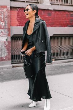 Discover eight street style looks that will serve as your official outfit planner of 2018.