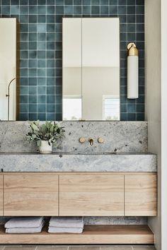 Cheap Home Decor .Cheap Home Decor Grey Wall Decor, Wall Decor Quotes, Bad Inspiration, Bathroom Inspiration, Modern Bathroom, Small Bathroom, Paris Bathroom, Bathroom Wall, Bathroom Ideas