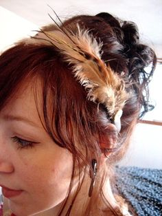 easy feathery headbands that could be made with chicken feathers