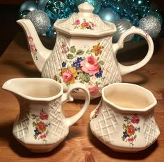 Pretty in Piece Sadler Basketweave Tea Set England Tea Cup Saucer, Tea Cups, Sweet Violets, Tea Pot Set, China Sets, My Cup Of Tea, Cream And Sugar, Vintage Dishes, Vintage Coffee