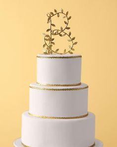 5d813f6cb6 Wedding Cakes w Monogram
