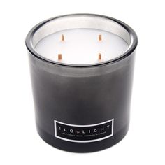 Audacieux mélange épicé, boisé et camphré, d'une sensualité rare, cette  fragrance est devenue un classique de notre gamme $70.00