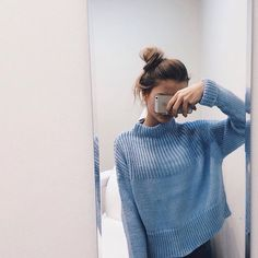 emily ☼ ☾'s collection! https://www.pinterest.com/embemholbrook/ Blue Sweater Outfit, Blue Top Outfit, Baby Blue Sweater, Big Sweater, Winter Outfits, Casual Outfits, Cute Outfits, Fashion Outfits, Womens Fashion