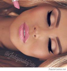 Amazing pink lips, nude eye makeup and cat eye