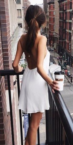 #street #style white open-back dress @wachabuy