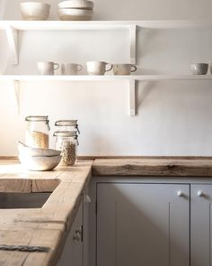 Home Interior White .Home Interior White Farmhouse Style Kitchen, Home Decor Kitchen, Country Kitchen, Kitchen Interior, Home Kitchens, Kitchen Design, Tuscan Kitchens, Luxury Kitchens, Modern Interior