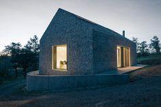 Dekleva Gregorič Arhitekti redefined the model of a traditional stony Karst…