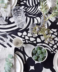 Kattaus / Table Setting, Marimekko Marimekko, Table Settings, Table Decorations, Furniture, Home Decor, Homemade Home Decor, Home Furnishings, Interior Design, Place Settings
