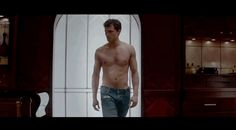 Fifty Shades of Grey Trailer-Jamie Dornan Shirtless GIFs - Elle.. HOLY SHIT I'M EXCITED