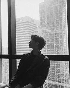 Image in Bright Vachirawit🌌 collection by Lizbeth EV Ideal Boyfriend, Boyfriend Photos, Imaginary Boyfriend, Bright Wallpaper, Bright Pictures, Cute Korean, Cute Gay, Handsome Boys, My Sunshine