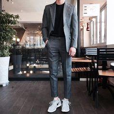Outfit korean fashion men, mens fashion suits, m Korean Fashion Men, Mens Fashion Suits, Boy Fashion, Trendy Fashion, Trendy Style, Style Fashion, Male Smart Casual Fashion, Style Men, Smart Casual Man