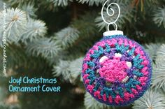 Let's make it a handmade Christmas! Let's decorate using these pretty Christmas Ornament Covers! Free Crochet Pattern.