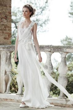 Alberta Ferretti's mesmerizing 2016 Bridal Collection