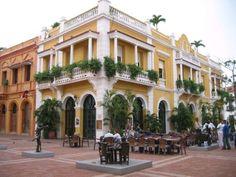 http://bebidascomerciales.bligoo.com.co/media/users/24/1213240/images/public/351976/400_1228312207_casa-plazoleta-san-pedro-cartagena-indias...