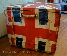Union jack DIY vintage rustic trunk!