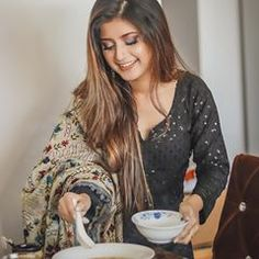 Sayyed Arishfa Khan🦁 (@arishfakhan138) • Instagram photos and videos Cute Small Girl, Cute Girl Pic, Cute Girls, Indian Fashion Dresses, Indian Outfits, Teen Actresses, Indian Actresses, Romantic Kiss Images, Neck Designs For Suits