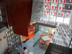 Os 10 restaurantes com arquitetura mais incrível do mundo  Os arquitetos Fernando Forte, Lourenço Gimenes e Rodrigo Marcondes Ferraz, que projetaram o Deliqatê, selecionaram os 10 restaurantes mais lindos do mundo.