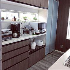 キッチン/キッチンツール/コーヒーミル/カップボード/コーヒーメーカー/アレスタ グレイッシュグレイン...などのインテリア実例 - 2019-02-12 22:35:25 | RoomClip (ルームクリップ) Decor, House Design, Kitchen Window, Interior, Kitchen Cabinets, Cabinet, Kitchen Pantry Design, Interior Design, Kitchen Design
