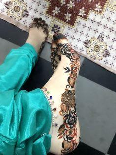 Indian Henna Designs, Modern Mehndi Designs, Wedding Mehndi Designs, Beautiful Henna Designs, Mehndi Designs For Hands, Henna Tattoo Designs, Beautiful Mehndi, Hena Designs, Khafif Mehndi Design