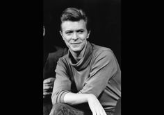 Stars trauern weltweit um David Bowie, der am 10. Januar an Krebs starb.