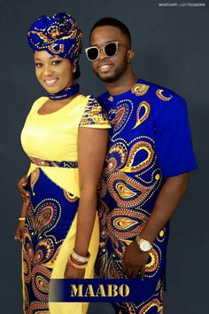 African clothing that looks stunning! Couples African Outfits, African Dresses Men, African Clothing For Men, African Shirts, Latest African Fashion Dresses, Couple Outfits, African Print Fashion, Africa Fashion, African Attire