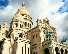 Climb up Montmartre to the Basilique du Sacre Coeur! #paris #france