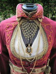 Ottoman Empire steampunk WONDERFUL!!! Just change that horrid color  #hatewearingpink  #provestra