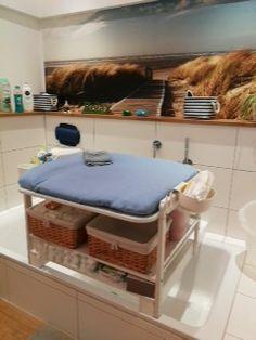 Wickeltisch Badewanne baby Badezimmer | Baby | Pinterest | Baby ...