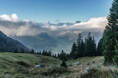 Schöne Herbstwanderung im Glarnerland - Wandertipp - Schweiz Hotels, Switzerland, Wonderland, Wanderlust, Hiking, Mountains, Nature, Travel, Autumn