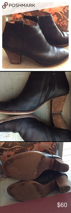 """Madewell Billie Boot The most versatile boot you can own... Madewell Billie Boots in Black Size 6.  These have been perfectly broken in.  Please note that these have some signs of wear on the heels as well as the inside of the boot.  Still plenty of life left in these but I want to fully disclose the condition.  Heel height is 2 3/4"""". Madewell Shoes Ankle Boots & Booties"""