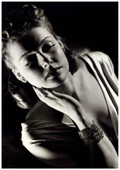 Ann Sheridan by George Hurmell
