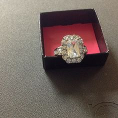 Ring Avon Kyra CZ Border Ring Size 7 with Rhinestones Avon Jewelry Rings