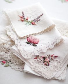 """W moim magicznym domu: Photo Getting to Know Brazilian Embroidery - Embroidery Patterns we used handkerchiefs rather than tissues. Things like tuckshop money would be tied in the corner of a handkerchief. A Kindred Spirit — Royal Albert """"Old Country Hand Embroidery Patterns, Vintage Embroidery, Ribbon Embroidery, Beaded Embroidery, Cross Stitch Embroidery, Embroidery Scissors, Handkerchief Embroidery, Brazilian Embroidery, Linens And Lace"""