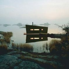 Can you tell I'm on a floating structure kick? A sauna on the sea sounds absolutely divine. It will go right next to my future houseboat and my future houseboat recording studio. :) {Image via The Modern Cabin by Sea Sauna} Swedish Sauna, Finnish Sauna, Floating House, Saunas, Scandinavian Design, Interior And Exterior, Building A House, Green Building, Nature