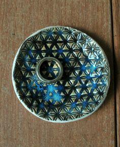 Ceramic Ring Dish Holder Ceramic Ring Holder by ShellyClayspot
