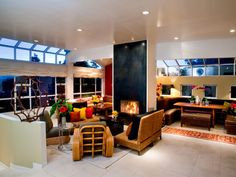 Contemporary Living-rooms from Jane Ellison on HGTV