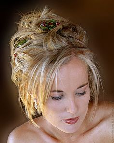 bridal hairstyle for hair with short lenght