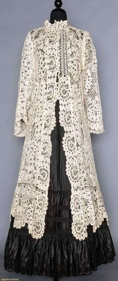 Buy online, view images and see past prices for LINEN TAPE LACE EDWARDIAN COAT. Antique Lace, Vintage Lace, Vintage Dresses, Vintage Outfits, Clothing And Textile, Antique Clothing, Historical Clothing, Edwardian Dress, Edwardian Fashion