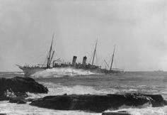 Empress of China wrecked on Mera Reef, Takyo Bay, 1911.
