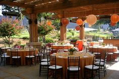 I love the outdoor/indoor atmosphere and the orange lanterns
