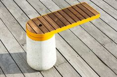 Public bench / contemporary / in wood / metal - CANTILEVERED - Kebony