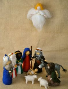 Christmas Wreath Waldorf inspired needle felted : Marie,Joseph and the ...