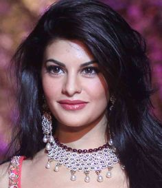 Jacqueline Fernandez, Jacqueline Fernandez makeup, Indian dress, makeup, beauty