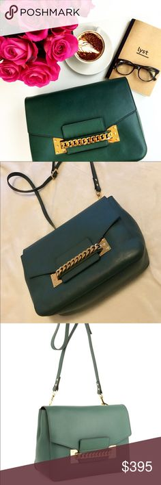 1000000% Auth Sophie Hulme Shoulder Bags Chain 1000000% Authentic! 80% NEW  Work sophisticated colour into your winter wardrobe with sophie hulme's bottle-green saddle leather bag. 24kt gold-plated brass hardware adds a signature finish to the front flap opening, and also features the designer's seasonal keychain: a cute googly-eyed charm. Color: green  a gorgeous Original price $1,200 Sophie Hulme bag Sophie Hulme Bags Shoulder Bags