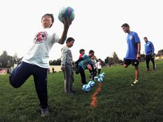 Skill Clinic Warm-up at Barron Park Elementary School in Palo Alto Soccer Camps, Soccer Training, Elementary Schools, World Cup, Clinic, Camping, Warm, Nike, Sports