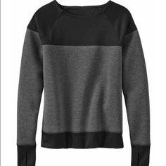 Athleta Sweaters - Athleta Fuse Sweatshirt