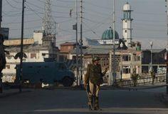 Kashmir attack kills five members of Indian security forces near Srinagar school