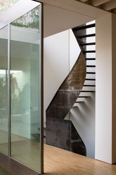 Rehabilitation of a home in Seville by Schönegger + González. Seville Spain, Divider, Stairs, Patio, Architecture, Room, Photography, Furniture, Home Decor